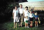 Familienfoto im Garten