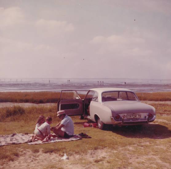 auto, cuxhaven, familie, ferien, ford-badewanne, KFZ, Kindheit, meer, PKW, reise, urlaub, Wattenmeer
