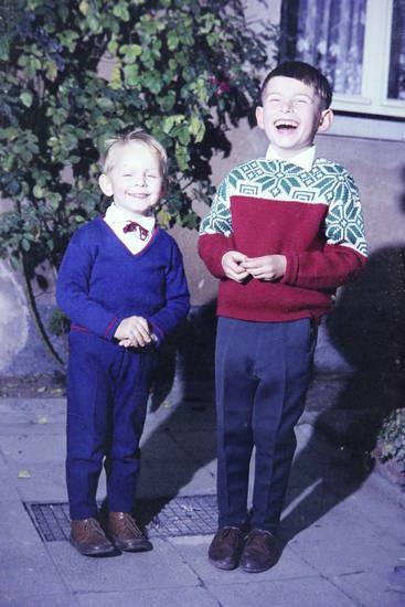 Fliege, Kindheit, lachen, Pullover