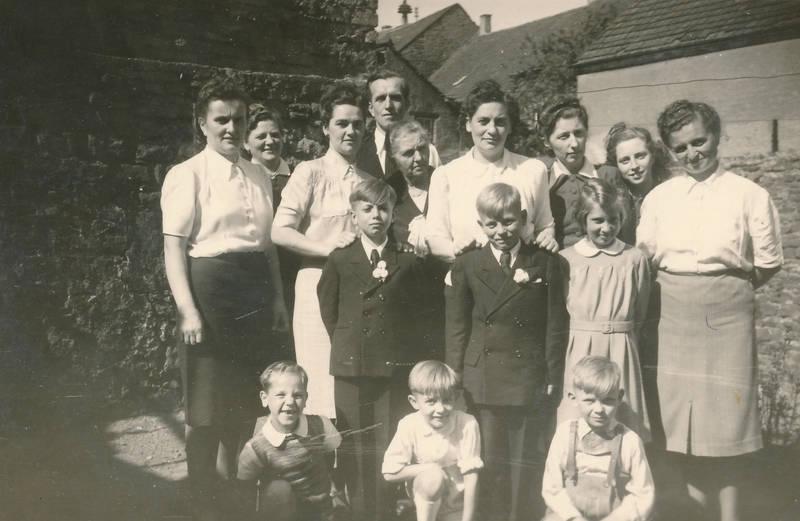 anzug, Erstkommunion, familie, feier, Kindheit, Kommunion, Kommunionkind, mode