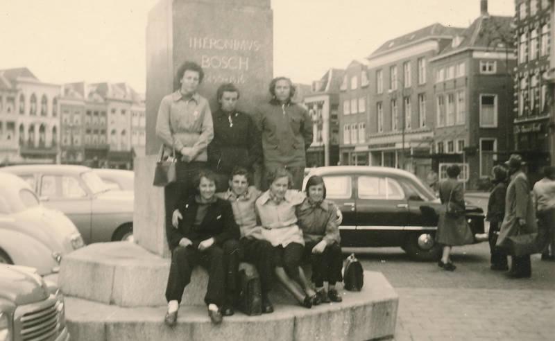 ausflug, auto, denkmal, Hieronymus Bosch, KFZ, Maler, Marktplatz, niederlande, PKW, s-Hertogenbosch