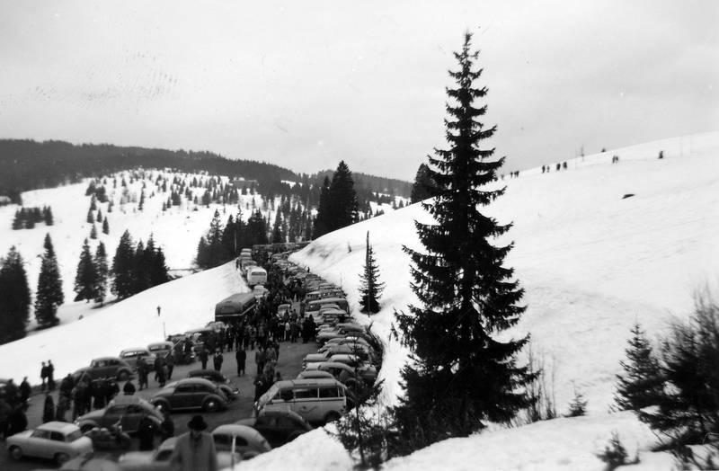 auto, bus, KFZ, Parkplatz, PKW, Reisebus, schnee, winter