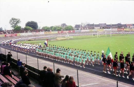Flaggengang in einem Stadion