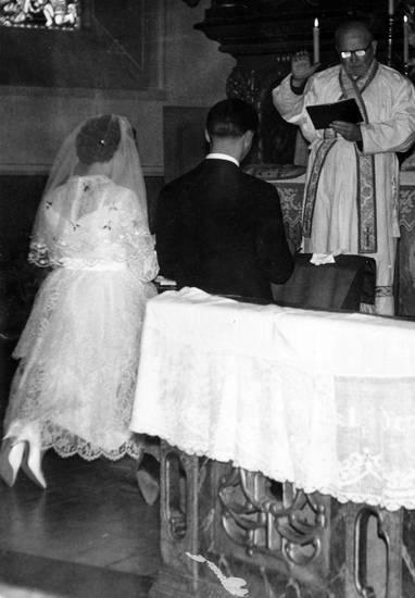 Altar, Brautpaar, Hochzeit, in, josef, kirche, Kirchliche Trauung, Maria, pastor, Pfarrer, trauung, und, Waldhilbersheim