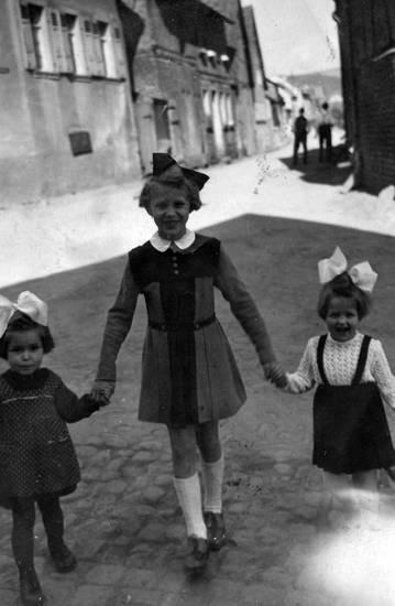 1949, Kindheit, kleid, mode, Schleife