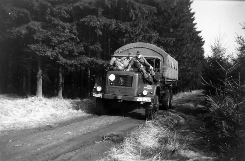 Bundeswehr, bundeswehrfahrzeug, Dausenau, fahrzeug, soldat, Verpflegungsfahrer