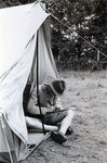Schnitzen im Zelt
