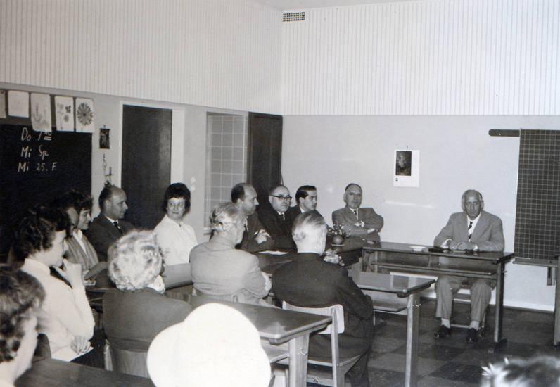 Elternpflegschaft, Elternpflegschaftsversammlung, Klassenzimmer, Pflegschaft, versammlung