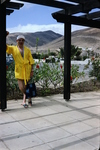 Im gelben Bademantel