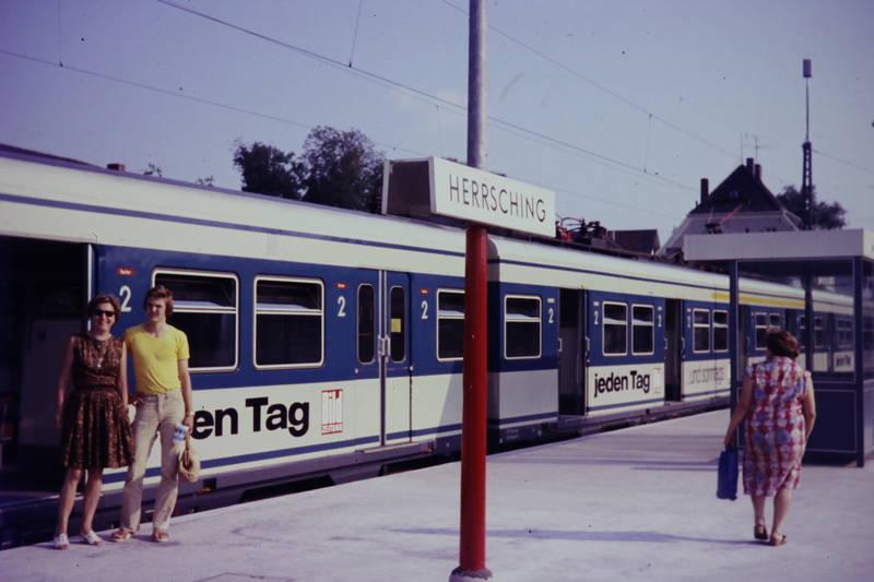 bahn, Bahngleis, bahnhof, bahnsteig, herrsching, Holzklepper, S-Bahn, zug