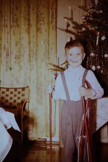 christbaum, geschenk, Kindheit, skier, Skistock, Tannenbaum, Weihnachten, Weihnachtsbaum, Weihnachtsgeschenk