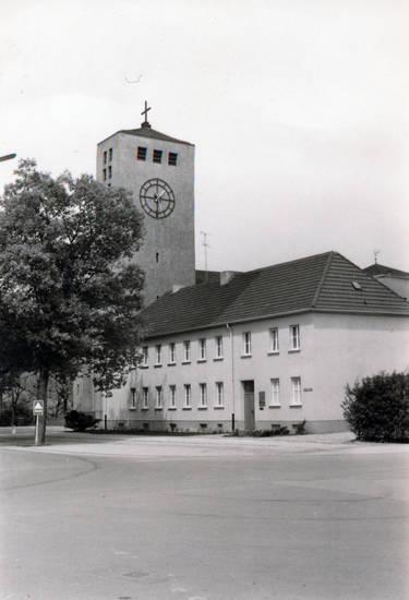 Christentum, kirche, Kreuz, Religion, St. Bonifatius-Kirche, uhr