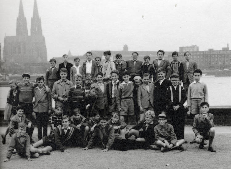 ausflug, dom, Kindheit, Klasse, Klassenfoto, Kölner Dom, Rhein, Schulklasse