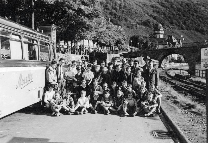 baum, Bernkastel-Kues, brücke, bus, Kindheit, Kreisständehaus, Moselbrücke, Rheinland-Pfalz, Ufer, wald