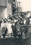 Mädchen aus neuntem Schuljahr