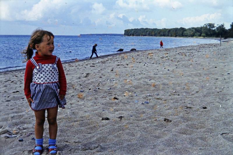 Kindheit, meer, mode, muscheln, sand, sandalen, Sandalen mit Socken, strand