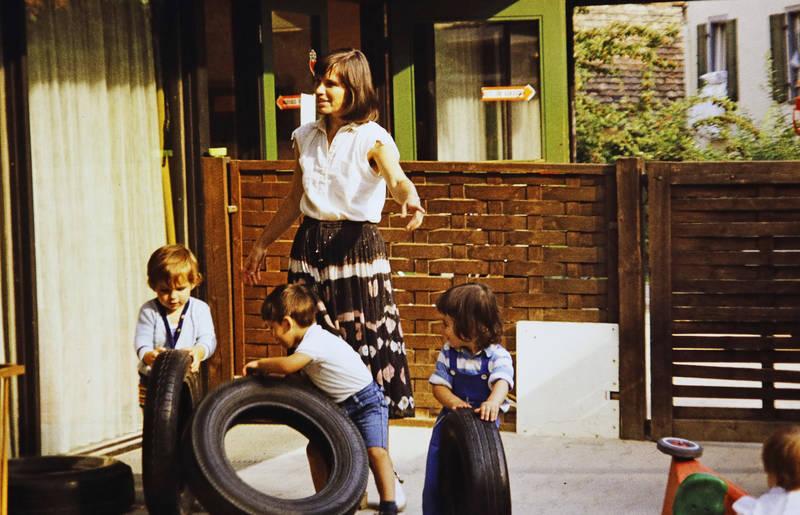 betreuuerin, kindertagesstätte, Kindheit, Kita, mainz, Reifen, spielen, zahlbach
