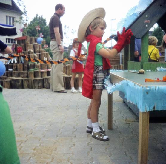 handschuhe, hut, Kartoffellauf, Kindergarten, Kindheit, mainz, mütze, Sommerfest, spiel, zahlbach