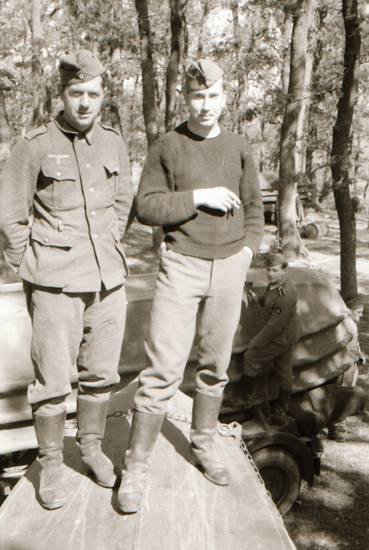 boot, mütze, Nationalsozialismus, NS, Polen, Uniform, wald, Wehrmacht, zigarette