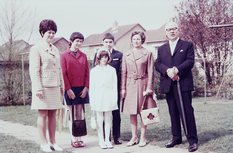 anzug, Erstkommunion, familie, Handtasche, Kommunion, Kostüm, mantel, mode, regenschirm