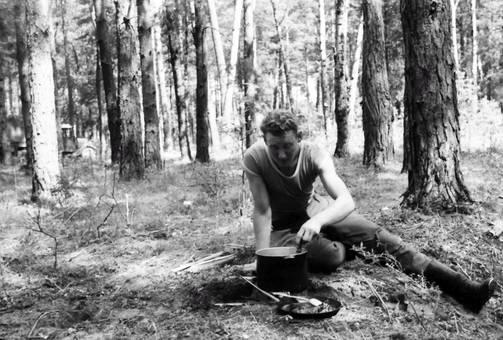 Essen im Wald