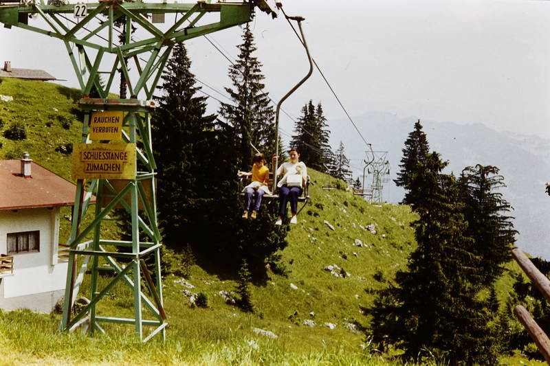 Berg, ferien, lift, rauchen verboten, reise, Schließstange zumachen, Sesselbahn, Sesselllift, urlaub
