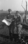 Soldaten mit Karte