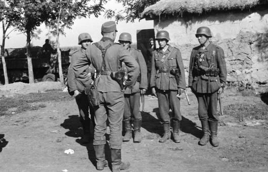 Vor vier Soldaten