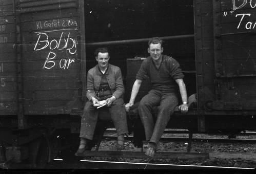 Sitzen im Güterzug