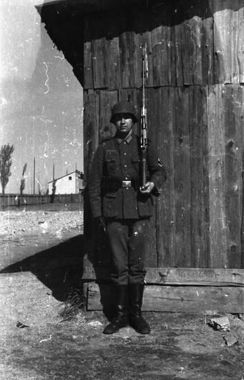 gebäude, Gewehr, haus, soldat, Waffe, Wehrmacht, wehrmachtssoldat, zweiter weltkrieg