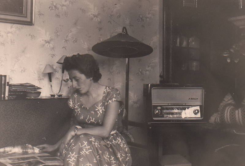 Lampenschirm, Radio, Zeitschrift, zeitung