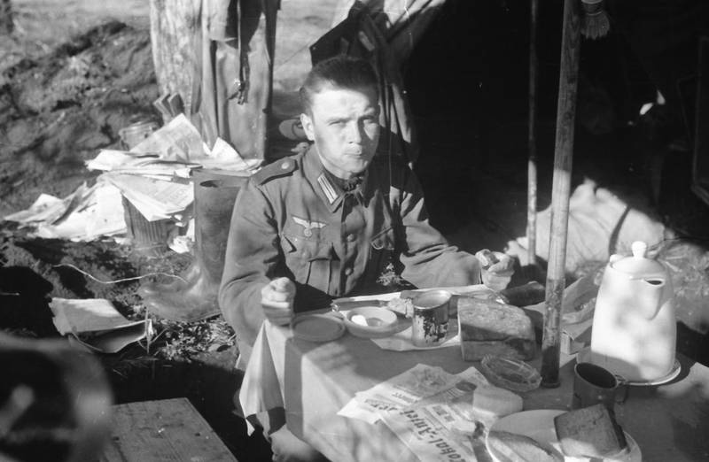 2.Weltkrieg, Brot, europa, Nationalsozialismus, pause, soldat, Uniform, zelt