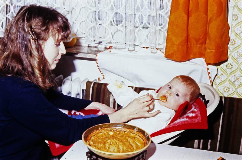 Bolognese, füttern, fütterung, Kindheit, kleinkind, Löffel, Mutter