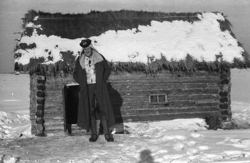 Holzhütte, kleidung, Russland, schnee, soldat, stiefel