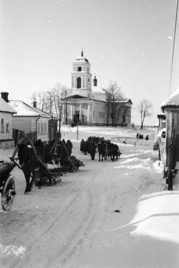 dorf, kirche, Kutsche, Pferd, Schlitte, schnee, straße