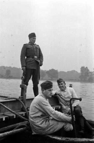 boot, gewässer, soldat, Uniform, Wehrmacht, wehrmachtssoldat, zweiter weltkrieg