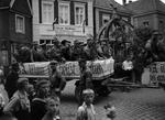 SA-Männer-Wagen bei Parade