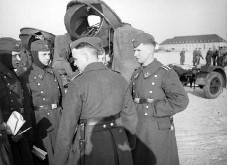 Gespräch unter Soldaten