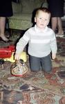 Kind mit Kreisel