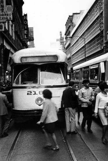 bahn, bus, KFZ, mexiko, Schienen, straße, Straßenbahn
