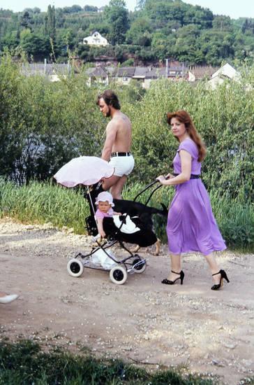 Feldweg, kinderwagen, Kindheit, kleid, mode, Oberkörperfrei, Sommer