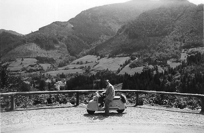 Gebirge, Gebirgsstraße, goggo, KFZ, Kleinzell, kurvenreich, Motorroller, Österreich, Roller