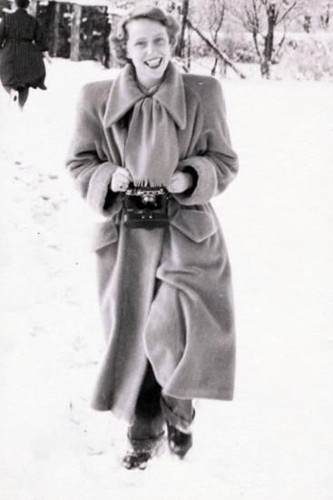 Kamera, lächeln, mantel, mode, schnee