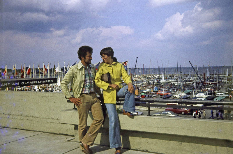 boot, ferien, Friesennerz, Hafen, kiel, Olympiahafen, reise, schiff, schlaghosen, urlaub