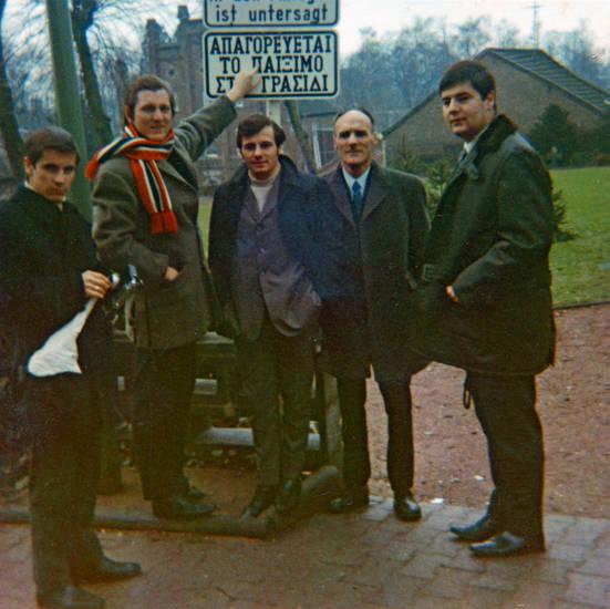 anzug, Güthersloh, kravatte, mantel, schal, Schild