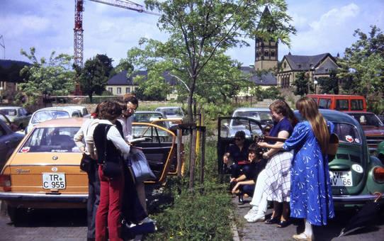 Musik auf dem Parkplatz
