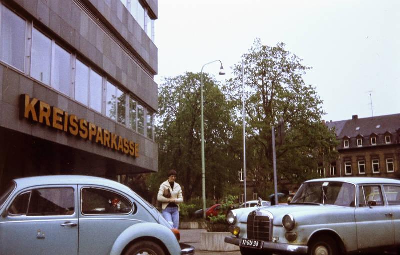 auto, KFZ, kreissparkasse, mercedes, mercedes-heckflosse, PKW, Sparkasse, VW Käfer, Zusatzscheinwerfer