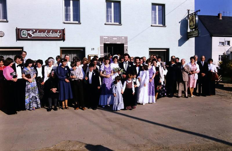 Brautpaar, gasthaus, Hochzeit, Hochzeitsgesellschaft, Zur Salmtalschänke
