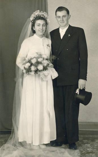 Braut, Bräutigam, Brautpaar, Brautstrauß, schleier, zylinder