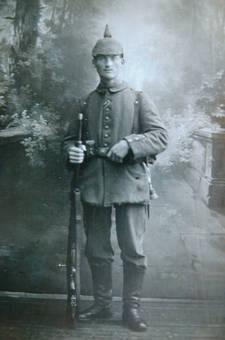 Soldat des Deutschen Heeres